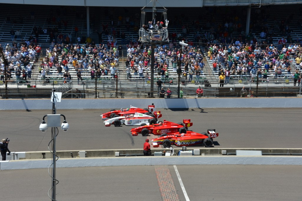 Video: Imperdible final en la carrera de Indy Lights en Indianapolis