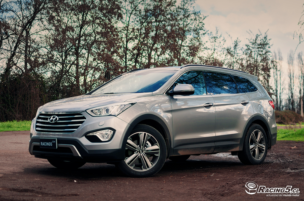 Test Drive Hyundai Grand Santa Fe, crucero familiar