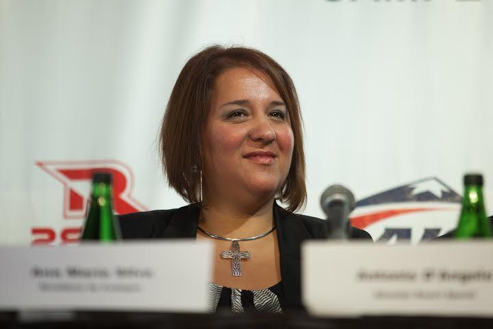 La alcaldesa de Codegua, Ana María Silva, defiende el proyecto del Autódromo Internacional de Codegua