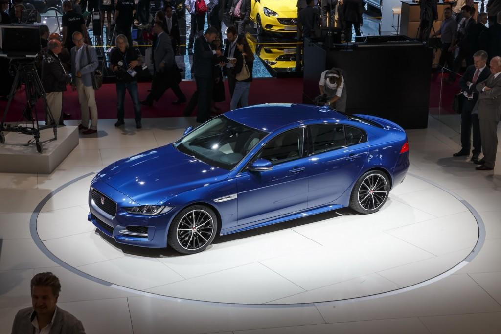[Salón de París] Jaguar XE, jugada agresiva en el mercado premium