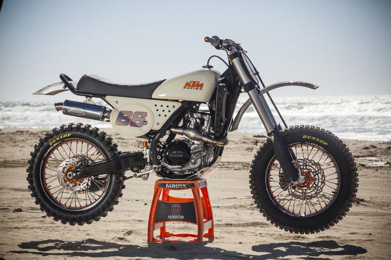 Diseñan KTM modificada en honor a Kurt Caselli