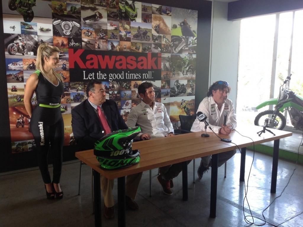 [Video] Patricio Cabrera comenta sobre su desafío Dakar 2015 junto a Kawasaki