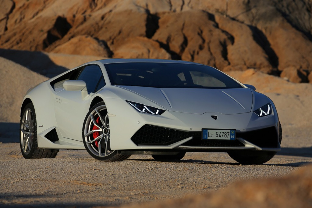 El secreto peor guardado, Lamborghini y Bentley se aproximan a Chile