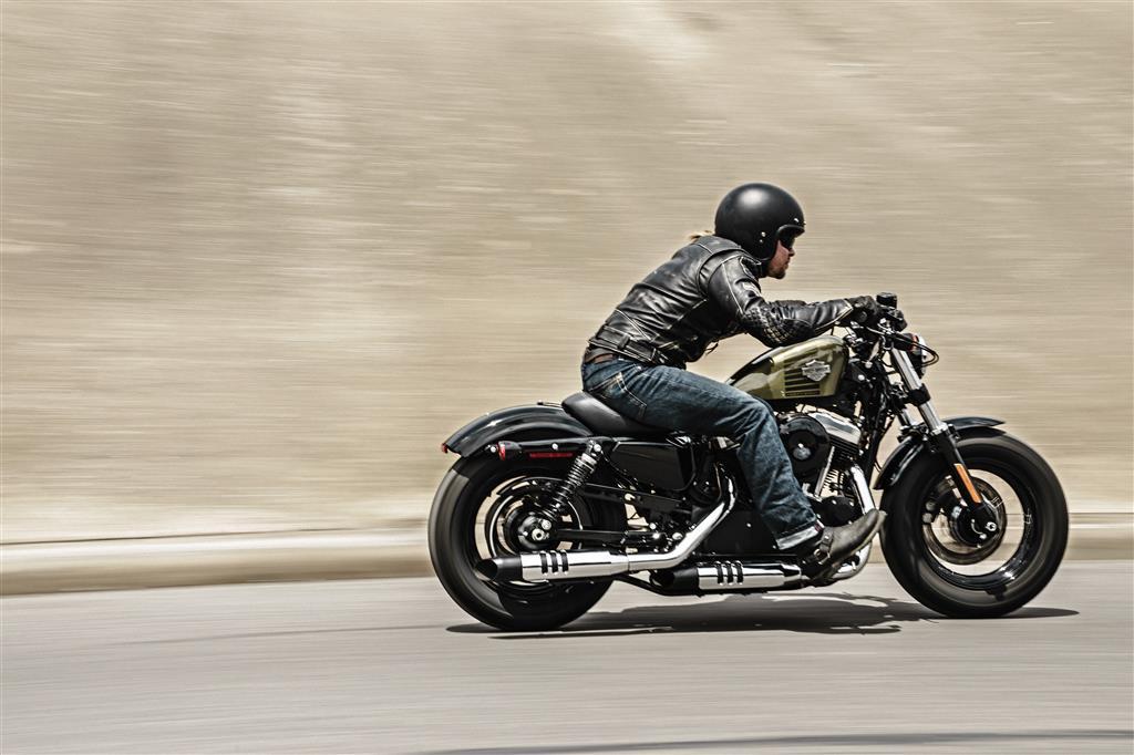Permalink to Harley Davidson Iron 883