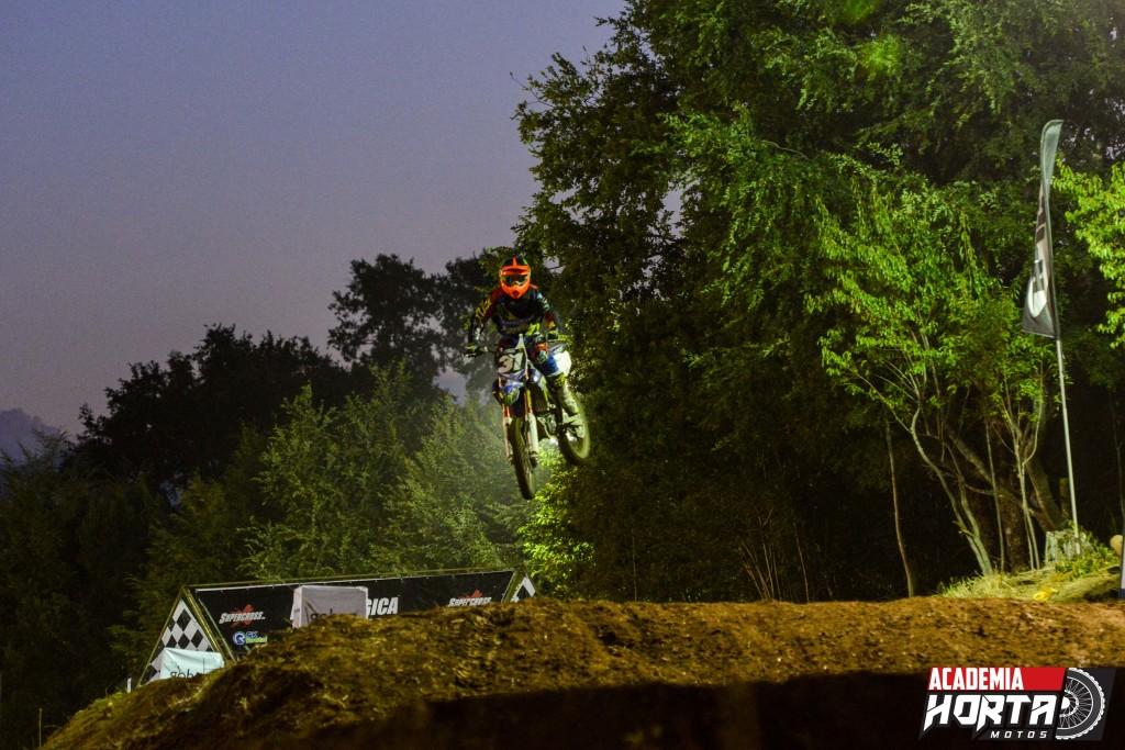 Con éxito se celebró la primera versión del Supercross Nocturno de Lican Ray