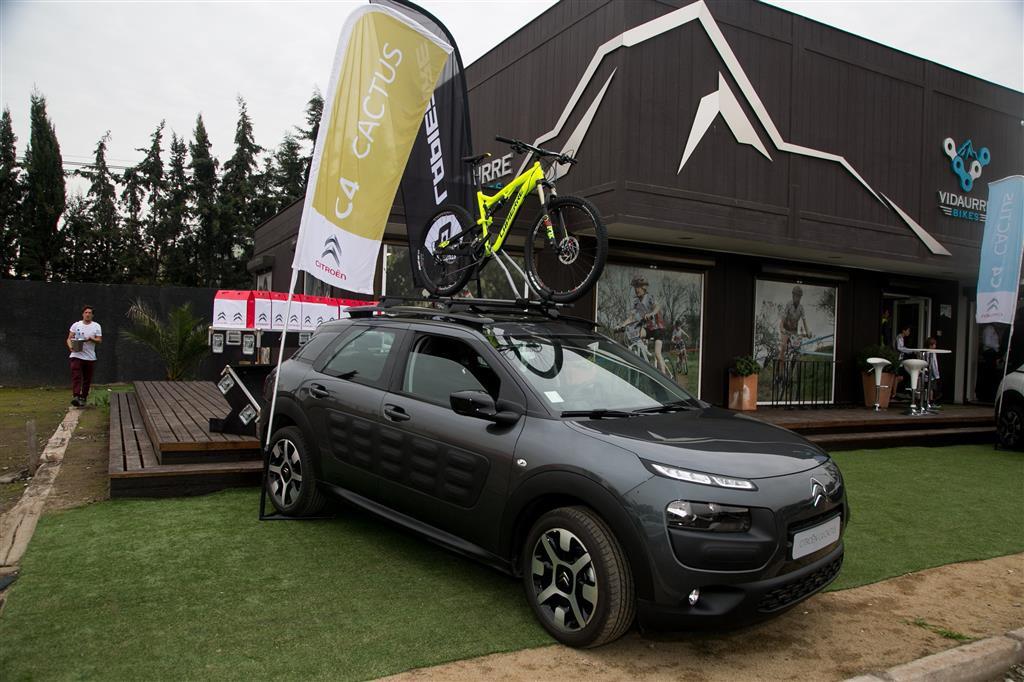 Citroën Chile presenta alianza junto a la firma francesa de bicicletas Lapierre