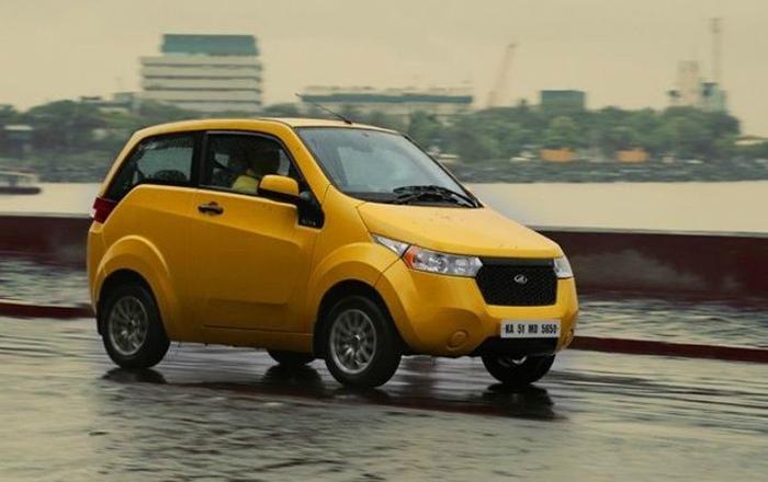 Mahindra presenta su modelo Reva e20 y da el puntapié inicial a la movilidad eléctrica