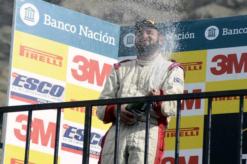[Chilenos en el exterior] Víctor Cornejo comenta la carrera que lo hizo entrar a la historia del automovilismo chileno