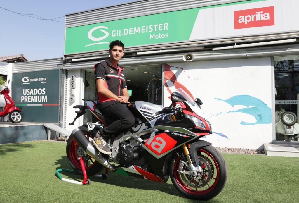 [Chilenos en el exterior] Maxi Scheib firmó con Aprilia Racing como piloto oficial de la marca