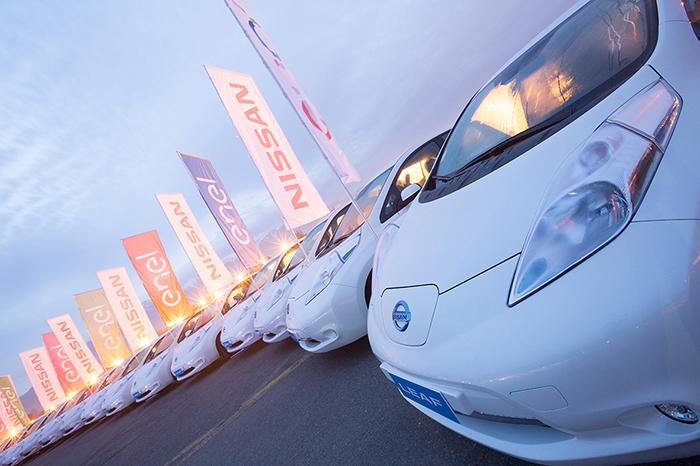 Nissan Chile apuesta a los vehículos eléctricos y  entrega flota de 25 Nissan Leaf a colaboradores de Enel