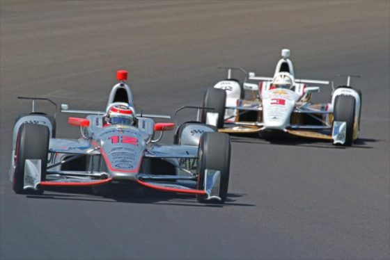 Will Power y Helio Castroneves del Team Penske. Foto gentileza de IndyCar Media/Mike Harding