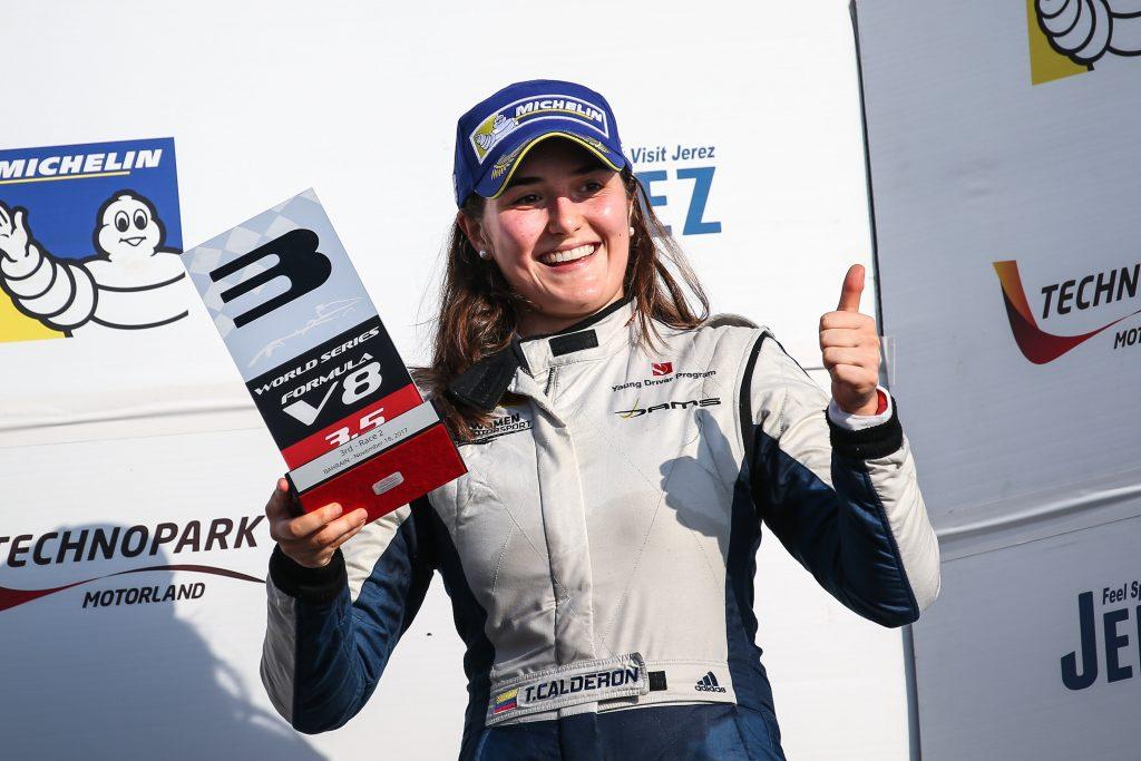 [Automovilismo/World Series V8 3.5] Colombiana Tatiana Calderón subió al podio en Bahréin