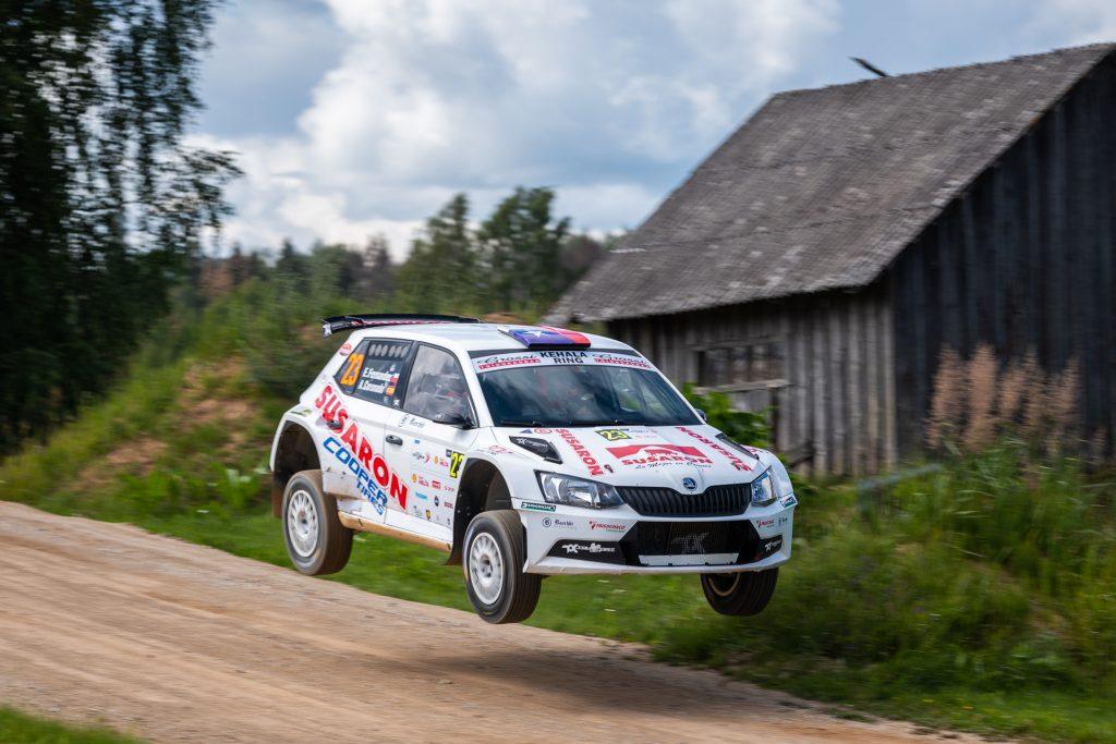 [Chilenos en el exterior] Emilio Fernández finalizó décimo en la serie R5 en el Rally de Estonia